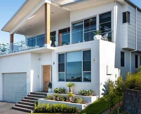 home design sloping block
